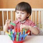 9 предметов, которые можно использовать для игр с ребёнком