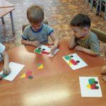 Чем полезны занятия по аппликации с детьми